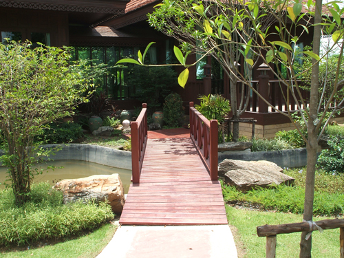 thai landscaping and garden